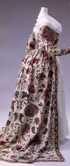 "1780s anglaise dress, close view. Fantastic ""Indienne"" printed or painted cotton, larger scale than usual esp. for this late in the century."