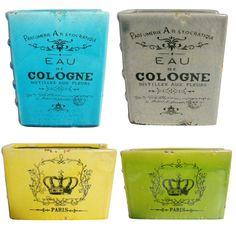 Vasos super coloridos e com um preço sensacional! http://www.marcheartdevie.com.br/produtos/acessorios/vaso-book-eau-cologne/