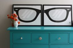 decorate your home with over-sized eyeglasses prints