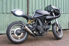 Ducati Ducati Cafe Racer For sale a fabulous Ducati based Cafe Racer in Great Haywood, Staffordshire, United Kingdom. Price: A few features to mention: carb SS tank, removable DB killers, full carbon fiber wrap Ducati Cafe Racer, Cafe Racer Bikes, Cafe Racers, Ducati 600, Cafe Racer For Sale, Carbon Fiber Wrap, Bikes For Sale, Motorbikes, Motorcycles