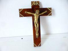 Beautiful vintage French wall crucifix. The walnut cross has diagonal brass…