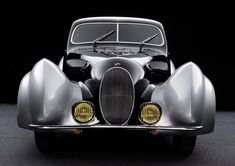 With swooping lines, teardrop fenders, and a distinctive rounded angled door, the 1937 Talbot-Lago SS Coupe is a masterclass in Art Deco-era automotive design. Vintage Cars, Antique Cars, Vintage Stuff, Car Up, Automotive Design, Auto Design, Amazing Cars, Old Cars, Exotic Cars