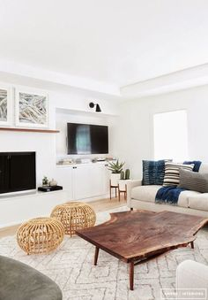 Find out why modern living room design is the way to go! A living room design to make any living room decor ideas be the brightest of them all. My Living Room, Home And Living, Living Room Decor, Living Spaces, Modern Living, Minimalist Living, Modern Minimalist, Natural Living, Simple Living