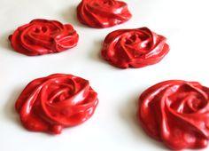 Gorgeous strawberry meringue rose cookies