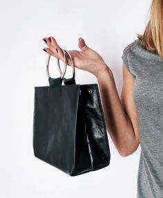 Handmade black leather bag with ring handles #handbags #fashion #shopping #etsy
