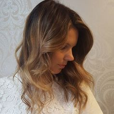 Hello beautiful hair!! Softly blended babylights, a chocolate gold colour touch base and freehand blended on the top vale to create colour variation and added surface texture. Glossed over with a couple of different mixes using @wellapro to add a dimensional couture colour service.  Happy clients = happy stylists!   #hairbygemmabandiera #wellafamily #wellalife #wellaau #colourmelt #colourblend #seamlesscolour #colourtouch #colourcorrection #freehandblend #balayage #sydneysbestcolourists