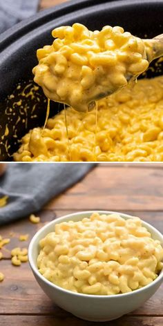 Ooey gooey Crockpot Mac and Cheese is a Thanksgiving side dish that's the ultimate comfort food! This Thanksgiving dinner recipe is over the top creamy. Save this pin for later!