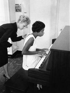 Photographic Print: Nina Simone - 1959 Poster by G. Nina Simone, Soul Jazz, Frame My Photo, Wilson Art, What Is Love, Love Of My Life, Piano, Singer, Spotify Playlist