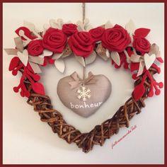 Cuore di rametti intrecciati , rose rosse e cuore bonheur, by fattoamanodaTati, 29,00 € su misshobby.com