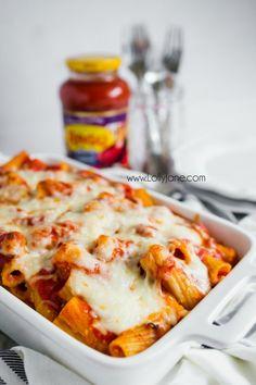 Hearty baked rigatoni recipe, so good! Easy dinner idea, great family recipe! You