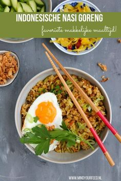 Indonesische nasi goreng - Mind Your Feed Asian Noodle Recipes, Healthy Asian Recipes, Asian Chicken Recipes, Baked Salmon Recipes, Beef Recipes, Vegetarian Recipes, Nasi Goreng, Asian Kitchen, Go For It