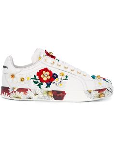 Best White Sneakers, Colorful Sneakers, Floral Sneakers, Sneakers Fashion, Fashion Shoes, Sneakers Multicolor, Dolce & Gabbana, Dolce Gabbana Sneakers, White Leather Shoes