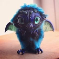 cute photo of #blue_dragon made by me before #mosfair2015 #exhibition #puzglesloft #puzgles_loft #polymerclay #sculpay #monster #creature #claymonster #handmade_toys #handmade #vinyl_toy #hand_made #dragon #justpuzgle #clay_toy #art #art_doll #art_toy #art_dolls #pet_monster #toys #toymonster #dragon #fantasy #ooak Cute Creatures, Magical Creatures, Fantasy Creatures, Cute Polymer Clay, Polymer Clay Creations, Fantasy Dolls, Fantasy Art, Handmade Ideas, Handmade Toys