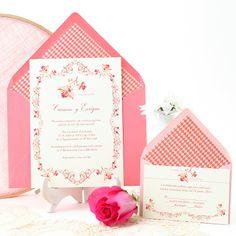 Wedding invitation with delicate and elegant vintage design in coral and pink: Roma. Invitación de boda con elegantes motivos vintage. www.azulsahara.com