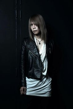 Shinya. Dir en Grey