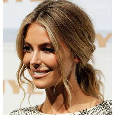 Jennifer Hawkins wavy low pony
