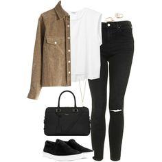 Look simples e confortável . Camisa branca , calça jeans preta , camisa caramelo e tênis slip on .