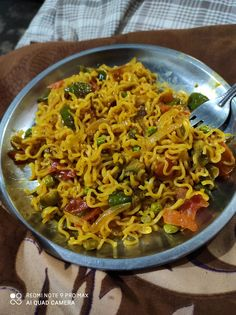 Delicious Food Image, Yummy Food, Indian Food Recipes, Vegetarian Recipes, Ethnic Recipes, Girl Hand Pic, Indian Long Hair Braid, Dairy Milk Chocolate, Snap Food