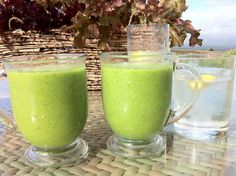Cleanse Green Smoothie Young and Raw, Detox Smoothie Recipe Celery, Cilantro and Smoothies, detox smoothie. Smoothie Cleanse, Juice Smoothie, Smoothie Drinks, Fruit Smoothies, Detox Drinks, Healthy Smoothies, Healthy Drinks, Celery Smoothie, Cucumber Smoothie