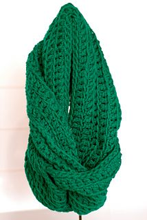Perfect chunky pattern infinity scarf