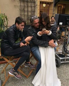 #Backstage #Tini Tini with her dad and brother