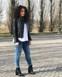 Definitely my style Black Girl Fashion, Look Fashion, Winter Fashion, Classy Outfits, Cute Outfits, Outfits Mujer, Outfit Look, Work Looks, Winter Looks