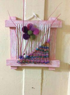 Tulipan Sewing Patterns, Crochet Patterns, Santa Boots, Wool Art, Tapestry Weaving, Weaving Techniques, Felt Art, Bird Art, Decoupage