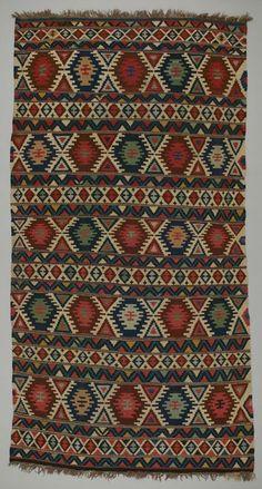 rug kilim Shirvan district  DATE:1900 - 1910 DIMENSIONS:L 118.5 cm x W 62 cm