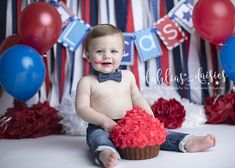 Dallas Cake Smash Photographer, patriotic cake smash, red white and blue, red, blue, stars and stripes, patriotic