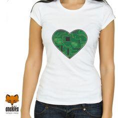 Camiseta - Coração Tecnológico Look, V Neck, Women, Fashion, Block Prints, Outfits, Moda, Women's, La Mode