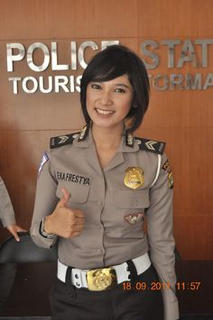 Indonesian police, more at www.PoliceHotels.com