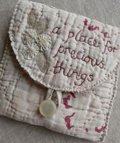 A place for precious things... #Prim #Stitchery