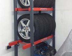 """Reifenregal, platzsparende Lagerung der Sommer- bzw. Winterräder """"Ordnung in der Garage"""" Reifenlager,Reifenregal"""