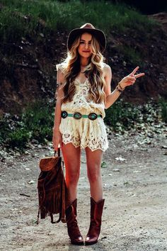 Inspirational Boho Style Outfits  The taste of Petrol and Porcelain (15)
