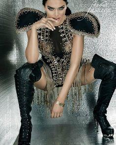 Kelsie Jean Smeby wear Punk Rock Collection M.MAG026-C1