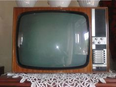 opera Tvs, Radios, My Childhood Memories, The Past, Old Things, Tv Sets, Communism, History, Opera