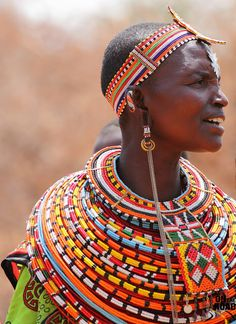 Local fashion: Beads in the ethnic jewelry of the Maasai tribe, Kenya, Africa African Beads, African Jewelry, Ethnic Jewelry, Bead Jewelry, Jewellery, Bohemian Jewelry, African Tribes, African Women, African Art