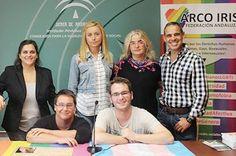 """Nace en Cádiz la asociación Arco Iris con el objetivo de fomentar la visibilidad LGBTI """"en aquellos sitios donde más falta hace"""". Diario Bahía de Cádiz, 2015-10-11 http://www.diariobahiadecadiz.com/noticias/el-resto-del-mundo/nace-en-cadiz-arco-iris-con-el-objetivo-de-fomentar-la-visibilidad-lgbti-en-aquellos-sitios-donde-mas-falta-hace-sin-buscar-subvenciones/"""