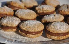 Alcazale | Retete culinare cu Laura Sava Romanian Desserts, Romanian Food, Biscuits, Pastry Cake, Something Sweet, Christmas Baking, Cake Recipes, Bakery, Deserts