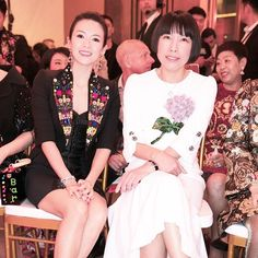 #FashionShow #AngelicaCheung and #ZiyiZhang at the front row of #DolceGabbana's tribute to China. #AltaModa @angelica_cheung #时装秀 #张宇 与#章子怡 在Dolce&Gabbana的中国迷梦大秀前排  via VOGUE CHINA MAGAZINE OFFICIAL INSTAGRAM - Fashion Campaigns  Haute Couture  Advertising  Editorial Photography  Magazine Cover Designs  Supermodels  Runway Models