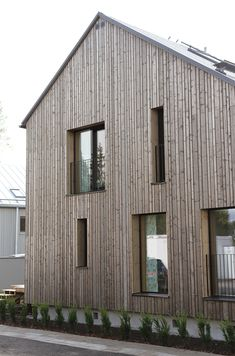 scandinavian architecture in canadian forest | scandinavian