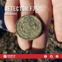 Kevin salió de búsqueda con su detector de metales F75 al campo, estuvo durante una hora con su detector y logró hallar una moneda del año 1850. Muy emocionado siguió con la búsqueda. Fisher, Labs, Metal Detector, Coining, Country, Lab, Labradors, Labrador