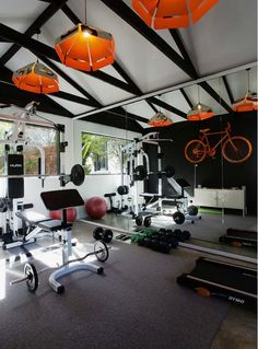 Trendy home gym setup garage Home Gym Garage, Gym Room At Home, Home Gym Decor, Basement Gym, Design Garage, Home Gym Design, House Design, Fitness Design, Transformer Un Garage