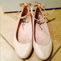 "Spotted while shopping on Poshmark: ""Authentic Alice+Olivia ballerina  flats .""! #poshmark #fashion #shopping #style #Alice + Olivia #Shoes"