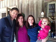 "Jensen, Danneel's mother, Danneel, and ""JJ"" celebrate Thanksgiving (2014) with Danneel's family in Louisiana! <<< Cutest family!"