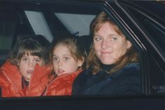 Heathrow, The Duchess of York and Princesses Beatriche & Eugenie 1997
