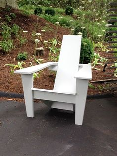 Mid-century Modern Adirondack Chair - Jardinique Classic Outdoor ... Yard Furniture, Adirondack Furniture, Adirondack Chairs, Outdoor Chairs, Furniture Design, Outdoor Decor, Outdoor Projects, Diy Projects, Classic Outdoor Furniture