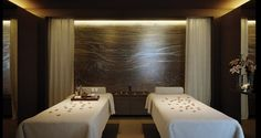 Love the lighting and stone in this spa treatment room design Spa Design, Spa Interior Design, Spa Treatment Room, Spa Treatments, Day Spa Decor, Spa Images, Spa Lighting, Spa Rooms, Relax