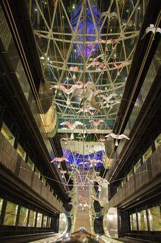 Oasis of the Seas Elevator art, via Flickr.