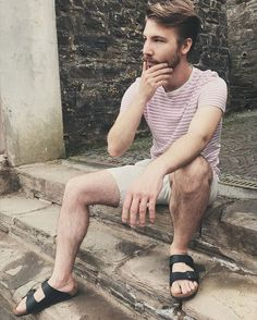New post on Mode Masculine, Tomboy Fashion, Mens Fashion, Fasion, Summer Tomboy, Street Style Boy, Bare Men, Really Hot Guys, Outfits Hombre